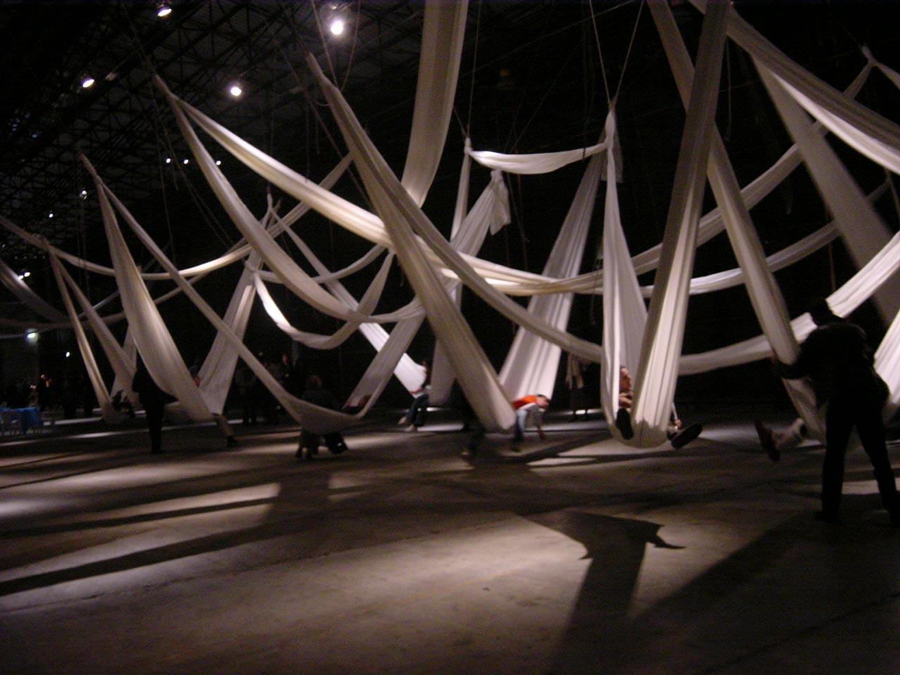 Amacario. Gestural Collective Architecture to inhabit, suspended, uncertain spaces. Image Credit: Stalker Archive